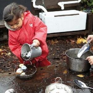 cuisine-de-boue-mud-kitchen
