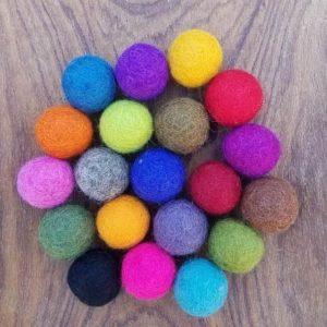 assortiment-boules-laine-feutree-20-mm