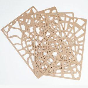 kit-pochoir-creatif-marga-table-lumineuse-carton
