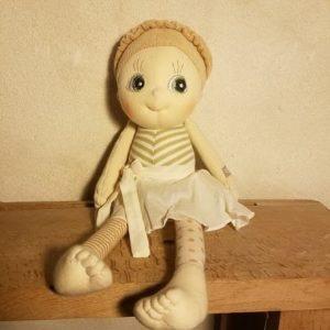 poupée-ecologique-chiffon-coton-bio-tissu-ecobuds-rubens-barn-hazel