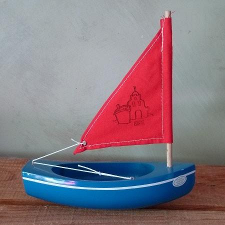 bateau-tirot-thonier-modele-201-coque-bleue-voile-rouge