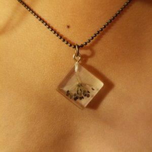 collier-enfant-tresor-de-la-nature-graine-bijoux