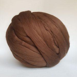 laine-merinos-ruban-peigné-marron-222