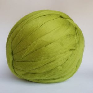 laine-merinos-ruban-peigné-vert-205