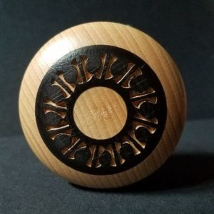 yoyo-bois-artisanal-mader-nature-noir