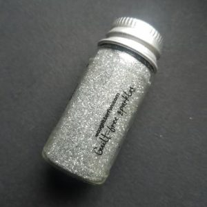 paillette-ecologique-biodegradable-ecoglitter-argenté-maquillage-enfant