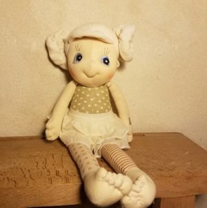 poupée-ecologique-chiffon-coton-bio-tissu-ecobuds-rubens-barn-daisy