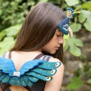 deguisement-naturel-paon-enfant-sew-heart-felt-peacock-laine-poétique