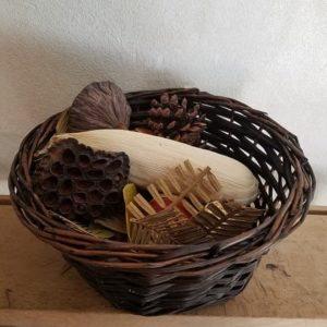panier-sensoriel-trésors de-la-nature-bébé-montessori-reggio