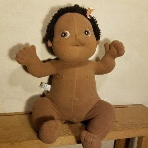 poupée-empathie-rubens-barn-baby-anatomie-doudou-nora