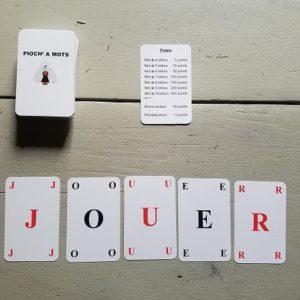 Jeux de cartes et casses tête