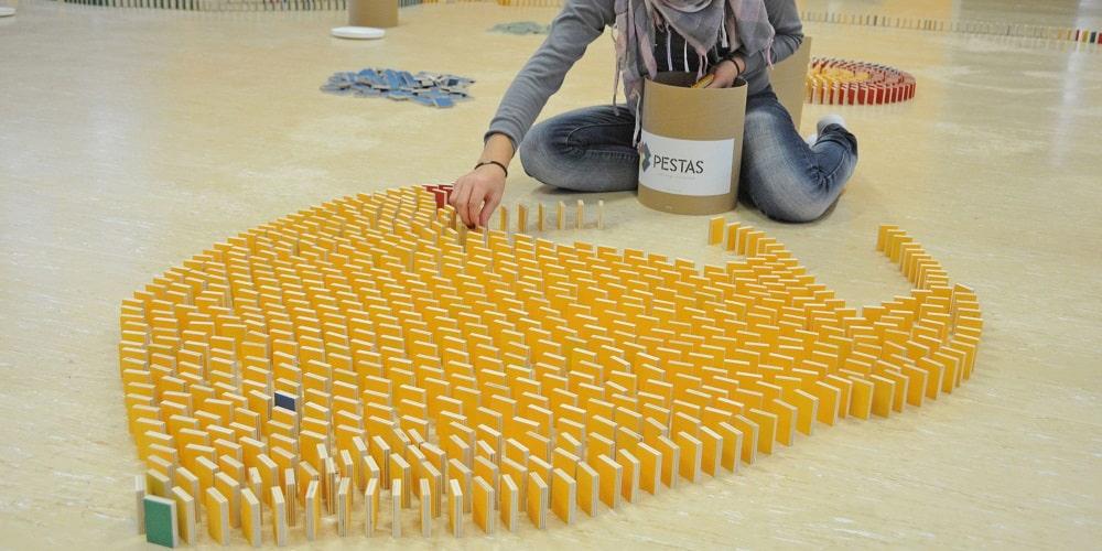 pestas-dominos-circuit-construction
