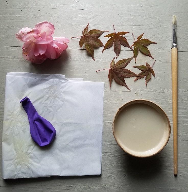 artisanat-d-automne-enfant-lanterne-feuilles-papier
