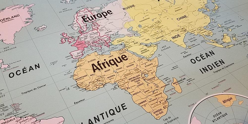 cartes-emile-en-ville-affiche-scolaire-vintage-carte-geographie