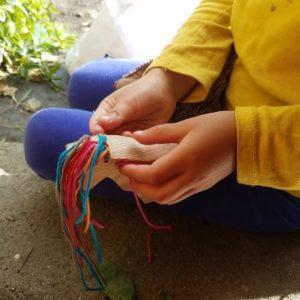 kit-licorne-diy-enfant-si-on-fabriquait-bois-laine-motricite