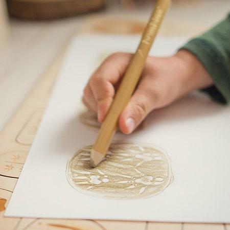 stukapuka-puzzle-empreintes-animaux-en-bois -dessin