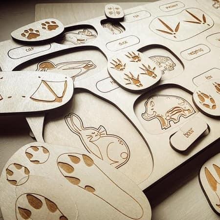 stukapuka-puzzle-empreintes-animaux-en-bois -educatif-ief