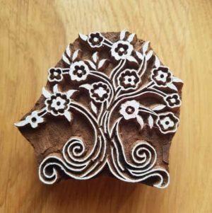tampon-artisanal-bois-blockwallah-arbres-fleuri-art-enfant