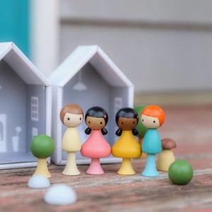 CLiCQUES - Figurines en Bois