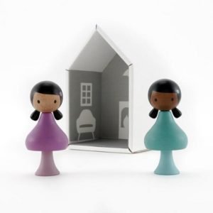 clicques-figurine-poupée-en-bois-jouer-lola-nuri
