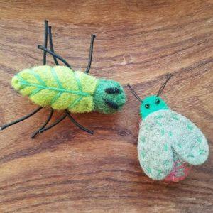 decoration-nature-insecte-feutrine-rico-design