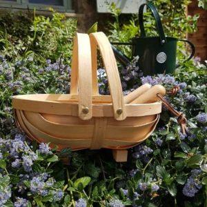 ensemble-outils-de-jardin-enfant-burgon-and-ball-bois-acier-truelle-fourche-panier-arrosoir