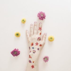 tatouage-temporaire-enfant-adulte-paperself-fleurs