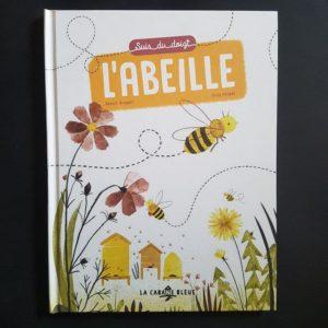 Suis-du-doigt-l-abeille-la-cabane-bleue