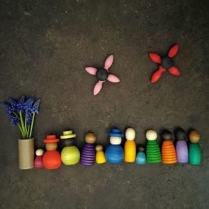 together-grapat-peg-dolls-waldorf-nins-jouet-bois