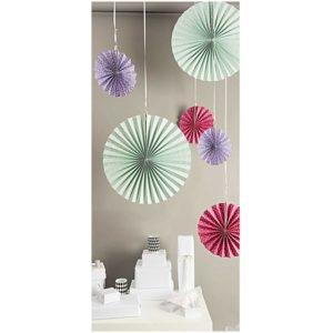 rosace-en-papier-eventails-uspension-decoration-rico-design-pastel