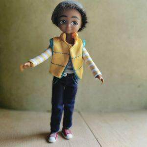 poupée-lottie-garçon-sammi-reporter-alternative-barbie-jouet