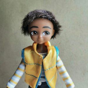 poupée-lottie-garçon-sammi-reporter-barbie