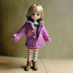 poupée-lottie-mannequin-alternative-barbie-autumn-leave-feuilles-automne