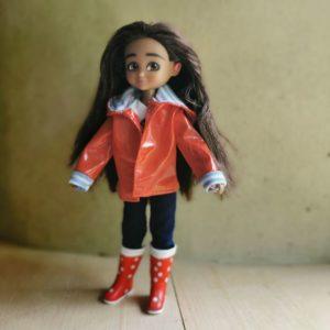 poupée-lottie-mannequin-alternative-barbie-mia-photographe