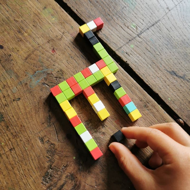 pixio-jeu-de-construction-magnétique-pixel-art